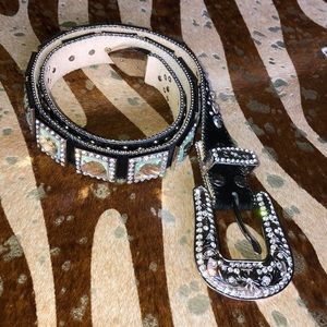 Accessories - Cowgirl west crystal belt